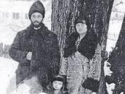 Pr Coroamă cu familia anul 1959