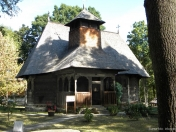 Biserica din stramutata din Rapciuni (1)