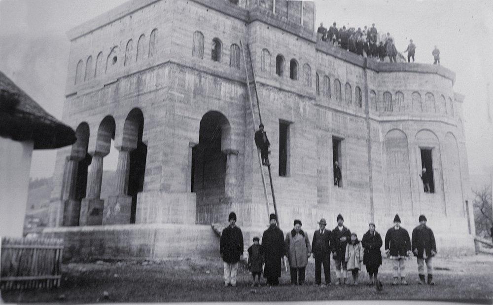 Catedrala din Hangu terminarea lucrului cu betoanele